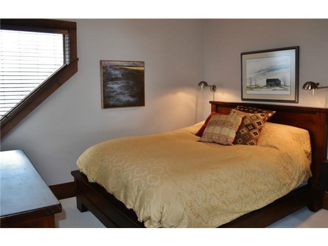 Bedroom- Luxury 6 bedroom chalet in Whistler