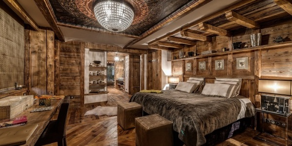 6.Marco_Polo_Master_Bedroom