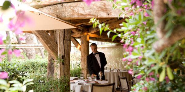 Cala Rossa Terrace dining